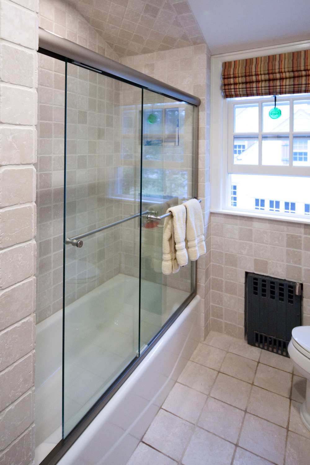 Custom Tub, Shower Glass Doors and Enclosures